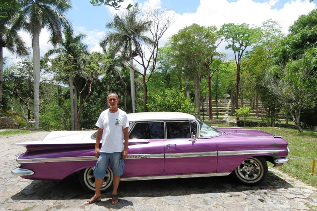 Rubén and his classic car